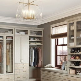 Top 5 Ways to Organize your Closet